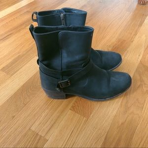 UGG leather fur lined boot